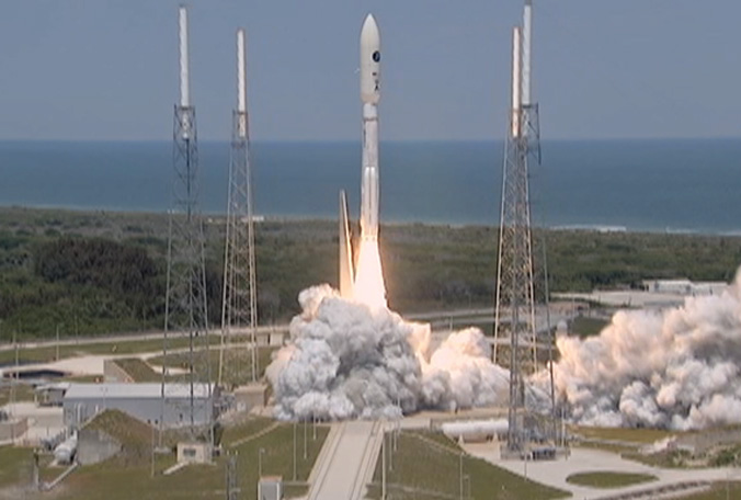 atlas-v-launch-main-041014
