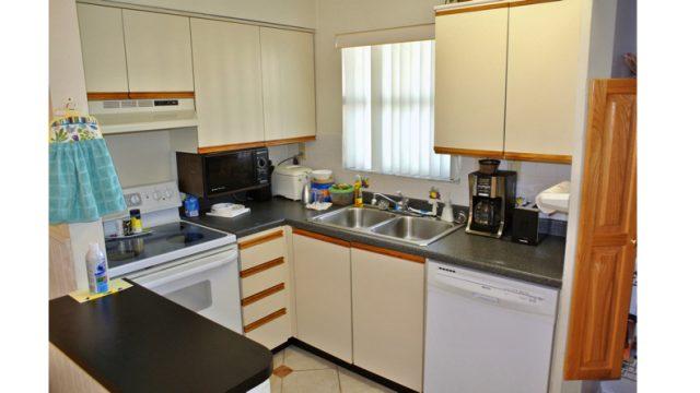 STB401B103 kitchen