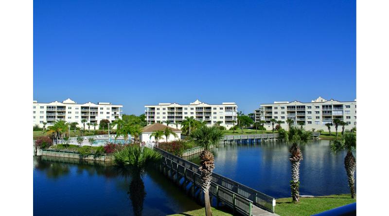 Solana Lake H306 Luxury Vacation Condo Rentals