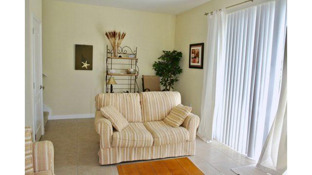 8625AB living room