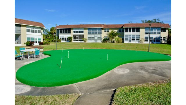 CPSH2H putting green