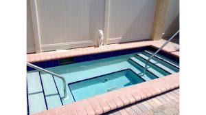 WR201 hot tub
