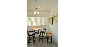 VS102BBL dining room