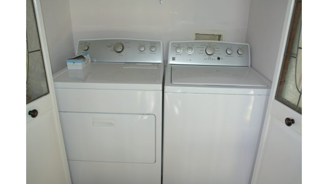 9PV IN UNIT LAUNDRY